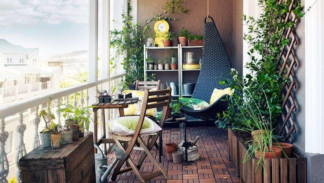 Thiết kế ban công xanh mượt cho căn hộ chung cư